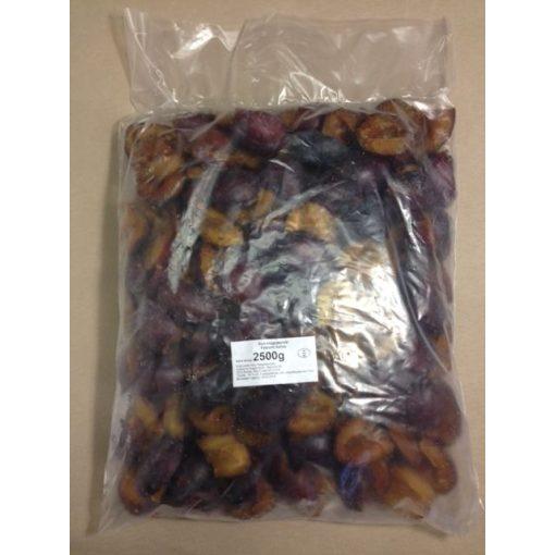 Gyorsfagyasztott felezett szilva (2,5 kg/csomag; 4 csomag/karton)